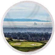 Seattle In The Fog Round Beach Towel