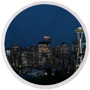 Seattle Washington Space Needle And City Skyline At Night Round Beach Towel