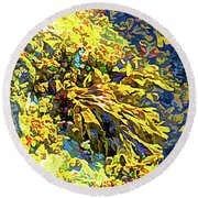 Seaweed On Rock In Ocean Round Beach Towel