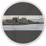 Second Story View Round Beach Towel