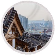 Seoul Korea Old And New Round Beach Towel