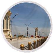 Seri Gemilang Bridge In Putrajaya Round Beach Towel