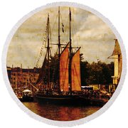 Setting Sail From Bristol Round Beach Towel