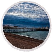 Seven Am On Brighton Seafront Round Beach Towel