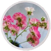 Seven Sisters Roses Round Beach Towel