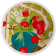 Sharing The Limelight Round Beach Towel