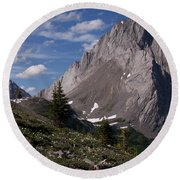 Shark Tooth Mountain Round Beach Towel