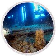 Shipwrecked Turtle Round Beach Towel