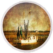 Shrimp Boat In Charleston Round Beach Towel