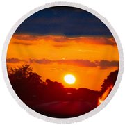 Side Mirror Sunset Round Beach Towel