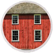 Side Of Barn And Windows At Old World Wisconsin Round Beach Towel