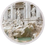 Side View Of The Trevi Fountain In Rome Round Beach Towel