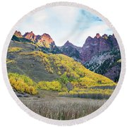 Sievers Peak And Golden Aspens Round Beach Towel