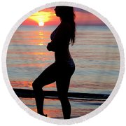 Silhouette Of A Fit Woman  Round Beach Towel