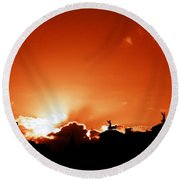Silhouette Of Rome Against A Sunset Sky Round Beach Towel