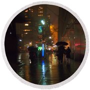 Silhouettes In The Rain - Umbrellas On 42nd Round Beach Towel