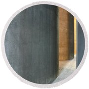 Silver And Gold In Belgium Round Beach Towel