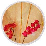 Simple Floral Arrangement  Round Beach Towel