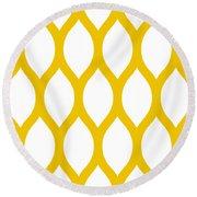 Simplified Latticework With Border In Mustard Round Beach Towel