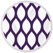 Simplified Latticework With Border In Purple Round Beach Towel