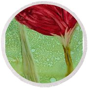 Single Poppy Round Beach Towel