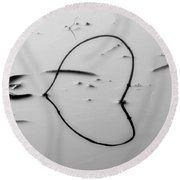 Sinking Heart Round Beach Towel