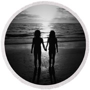Sisters In Black And White Round Beach Towel