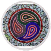 Six Fish And A Frog Round Beach Towel