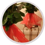 Skirted Roses In Mirror Round Beach Towel