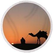 Skn 0870 Silhouette At Sunrise Round Beach Towel