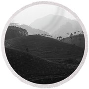 Skn 6539 Rolling Tea Mounds. B/w Round Beach Towel