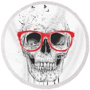 Skull With Red Glasses Round Beach Towel