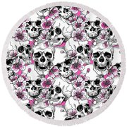 Skulls And Red Flowers Round Beach Towel