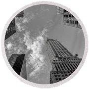 Skytops Manhattan Black And White Round Beach Towel