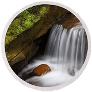 Small Falls At Governor Dodge State Park Round Beach Towel
