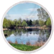 Small Pond In Tomilino Round Beach Towel