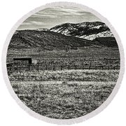 Small Ranch Colorado Foothills Round Beach Towel