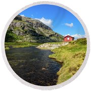 Small Red Cabin In Norway Round Beach Towel