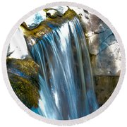 Small Stop Motion Waterfall Round Beach Towel