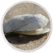 Smiling Shell Round Beach Towel