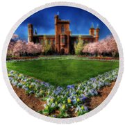Spring Blooms In The Smithsonian Castle Garden Round Beach Towel
