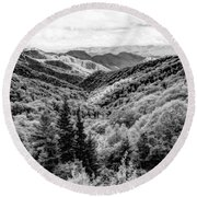 Smoky Mountains In Black And White Round Beach Towel