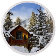 Snow Covered Cabin Round Beach Towel