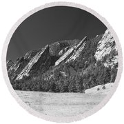 Snow Dusted Flatirons Boulder Co Panorama Bw Round Beach Towel
