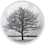 Snow On Epsom Downs Surrey Uk Round Beach Towel