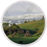 Snow On The Great Western Tiers, Tasmania Round Beach Towel