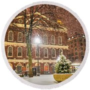 Snow Storm In Faneuil Hall Quincy Market Boston Ma Round Beach Towel