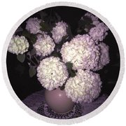 Snowball Bouquet Round Beach Towel