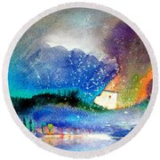 Snowing All Over Spain Round Beach Towel