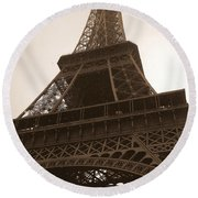 Snowing On The Eiffel Tower Round Beach Towel